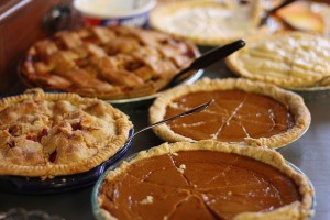 Thanksgiving-pies-600x400[1]